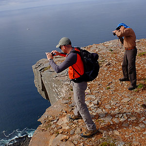 Looking over the edge | Hornstrandir day hiking trip